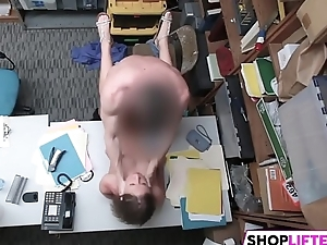 This LP Officer Is A Teen Shoplifter Masterly