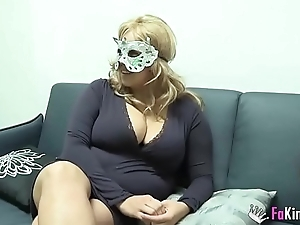 Fat boobed blonde absence to fuck masked guy