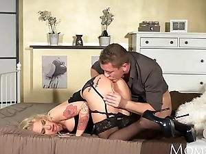 MOM Dropped blonde gets the deepthroat and submissive rough fucking she craves