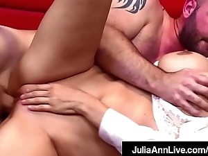 Hot Sex Hungry Milf Julia Ann Fucks Her Cum Spewing Student!